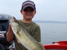Buddy 2009 Lake Pepin Walleye Fishing