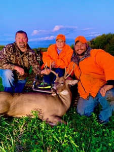 Ryan was recipient for the action track chair and this hunt with Rutting Ridge Outfitters.